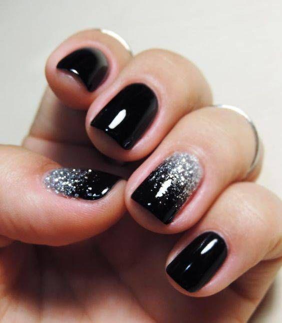 unhas decoradas pretas glitter