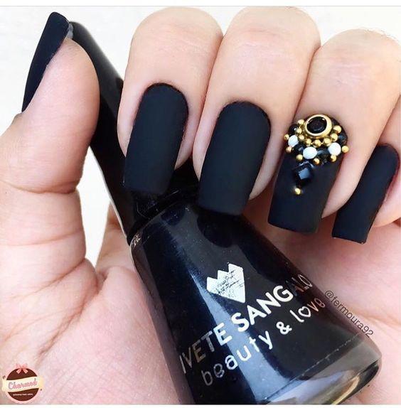 unhas decoradas pretas pedraria fosco