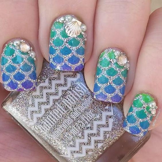unhas decoradas sereia azul verde