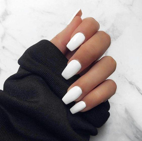 unhas decoradas tumblr branco simples