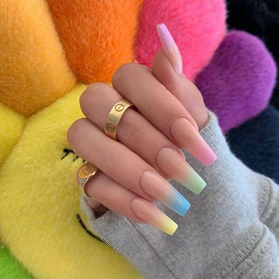 unhas decoradas tumblr coloridas compridas