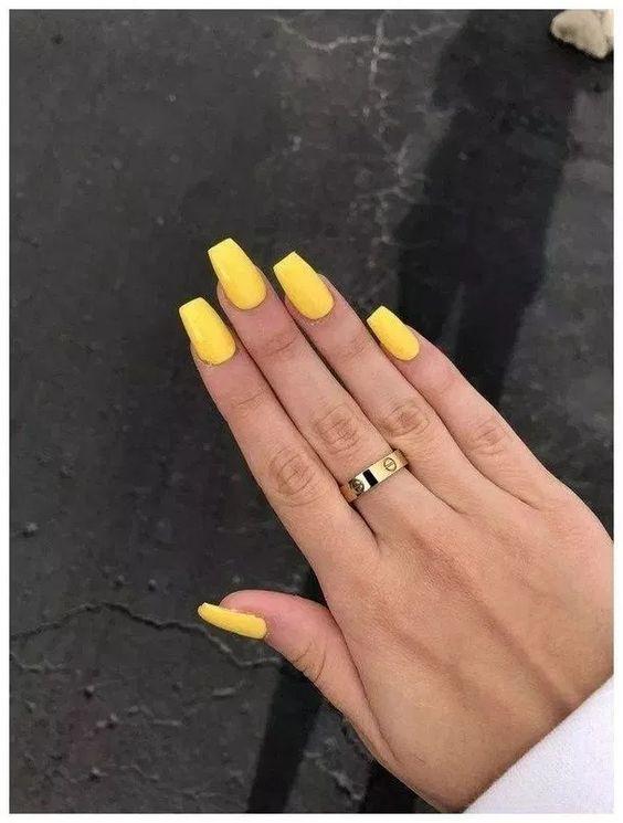 unhas decoradas verao amarela