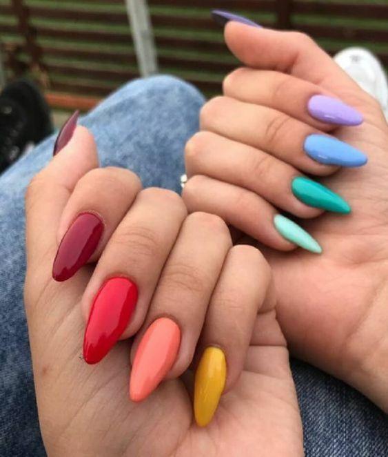 unhas multicoloridas 4