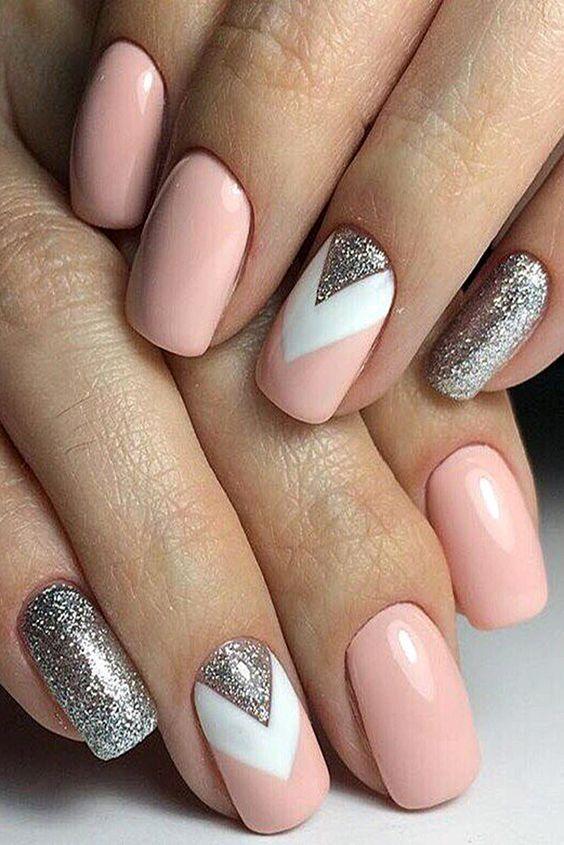 unhas rosa prata