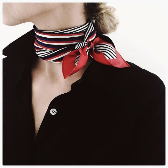 usar lenco pescoco cor