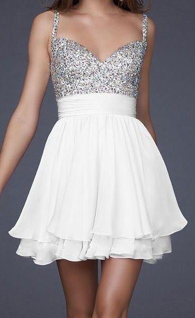 vestido festa curto branco prateado