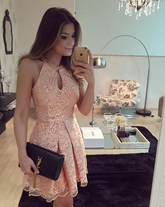 vestido renda curto rosa