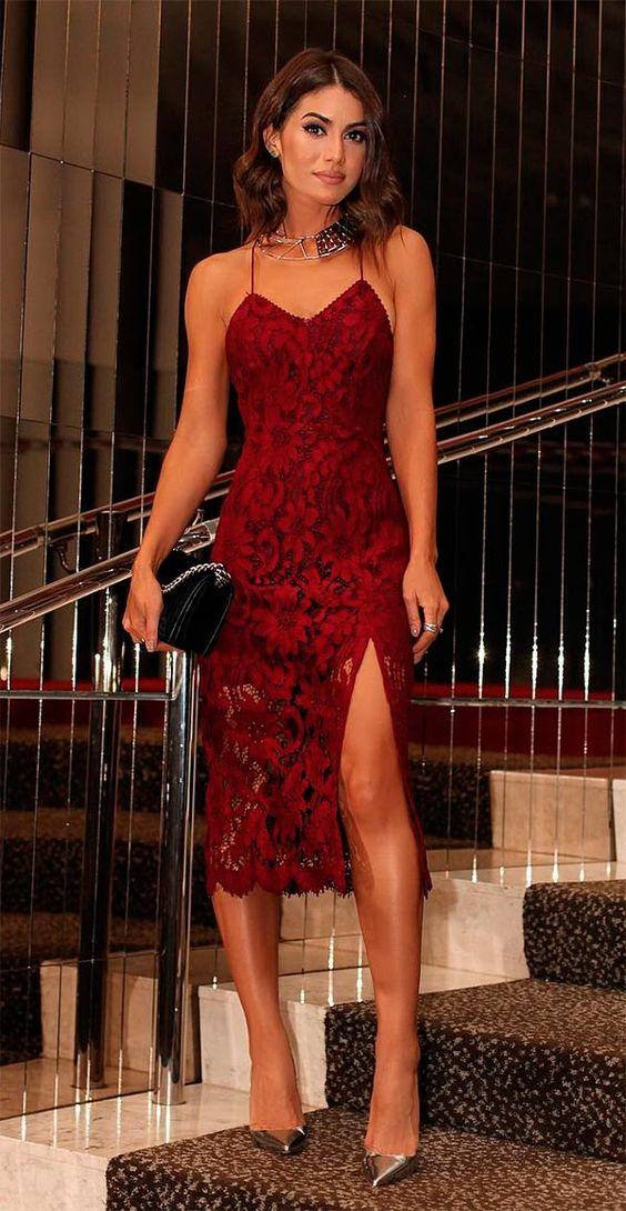 vestido vermelho curto aberto