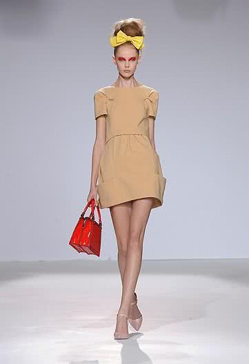 vestidos looks anos 60 4